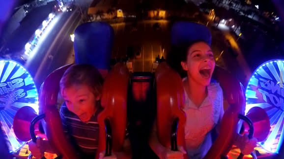Slingshot thrill ride at Screamers Park Daytona Beach