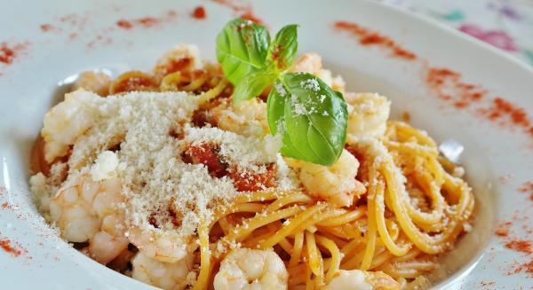 Hollywood Restaurant - Pasta Dinner - Italian Food