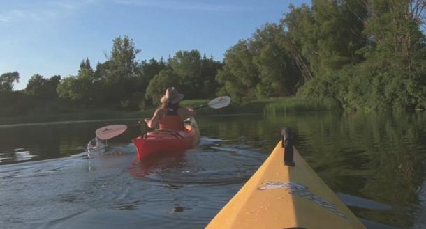 paddling 2 people