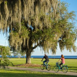 Biking along the Mandeville Lakefront
