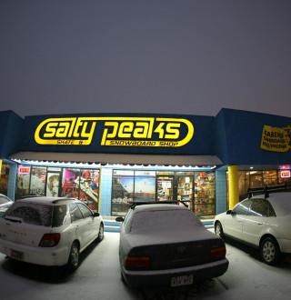 Salty Peaks Ski & Snowboard Shop