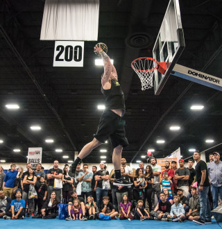 Dunk Competition at FitCon