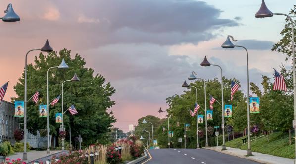 downtown-hershey-rainy-day-rainbow