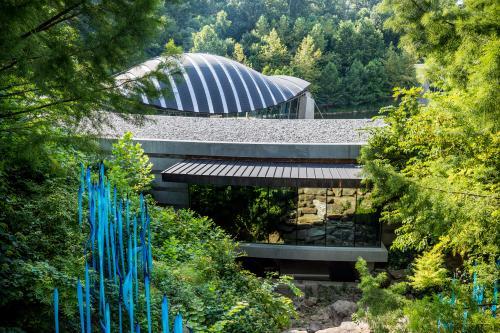 Crystal Bridges Exterior