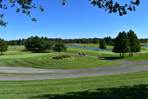 Putting green at Covered Bridge Golf Course