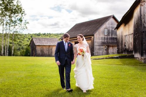 Historic Barns of Nipmoose Wedding