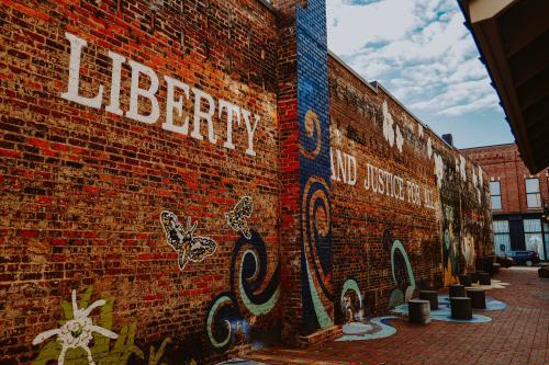 Freedom Walkway