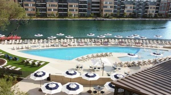 The Omni Las Colinas pool