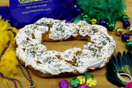 Camellia City Bakery Randazzo's King Cake