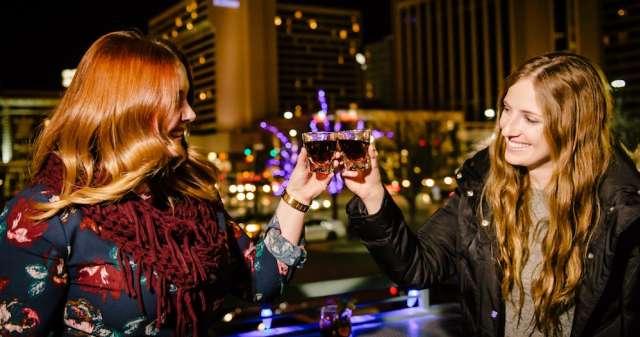Salt Lake City dating scene santhy agatha, der daterer med den mørke del 1