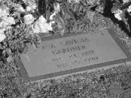 Ava Gardner was buried in Sunset Memorial Park in Smithfield, in January 1990, where more than 3,000 mourners paid tribute to the local NC star.