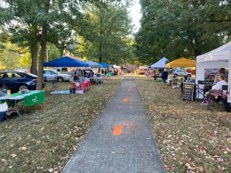 Craft and food vendors at Plainfield Friends Meeting