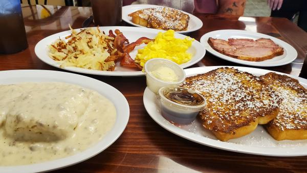 Enjoy breakfast all day, authentic Cajun flavors, Chef's creations, home cooked favorites or handmade candy, all in Morgan County!