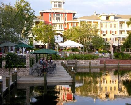 Great shopping and dining can be found all around the Village of Baytowne Wharf in Destin.