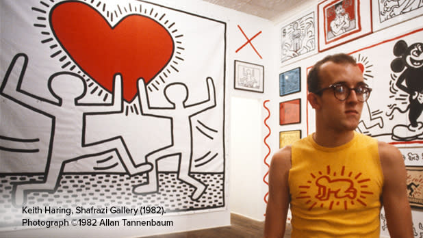 Portrait of Keith Haring surrounded by his art