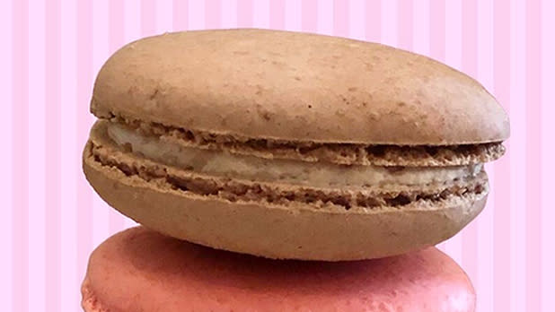 Two stacked macarons