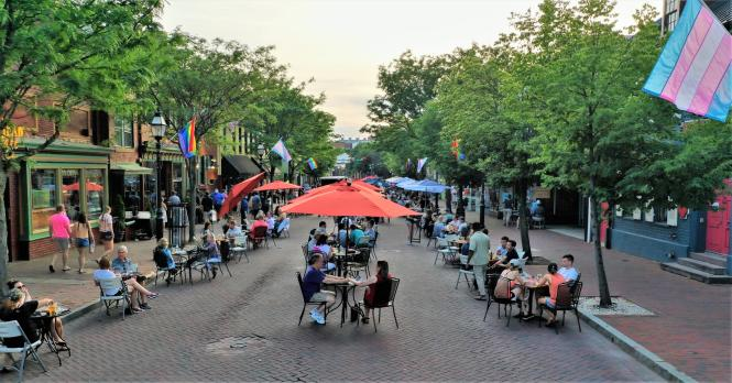 Outdoor dining on West Street in Annapolis, Maryland