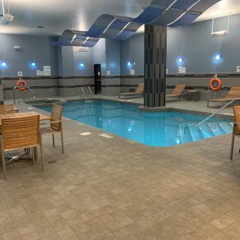 HI Downtown pool area