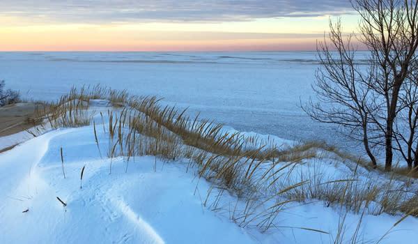 Mount Baldy Winter Hike - Indiana Dunes