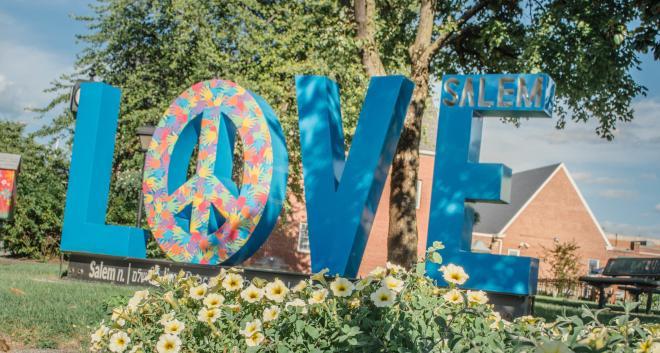 Salem, VA - LOVE Sign