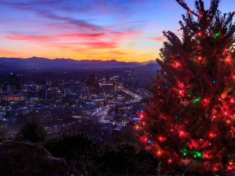 Restaurants Open Christmas Day 2021 Asheville Nc Holiday Events Festivities In Asheville N C Asheville Nc S Official Travel Site
