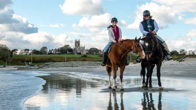 Newport Equestrian Academy, Beach Trail Ride