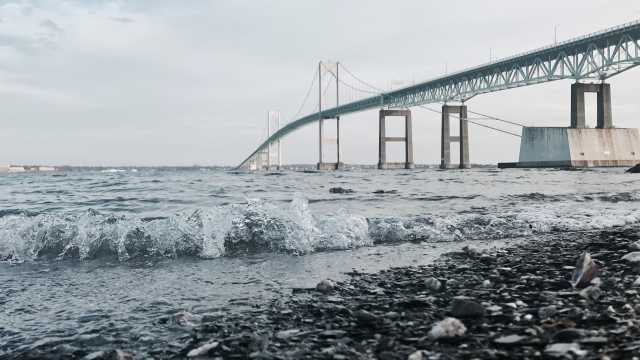 Newport Bridge near Shore_16:9