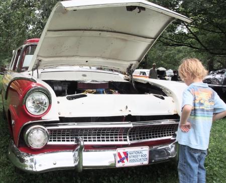 quaker day festival, car show