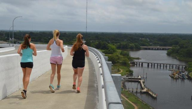 Runners on South Norfolk Jordan Bridge