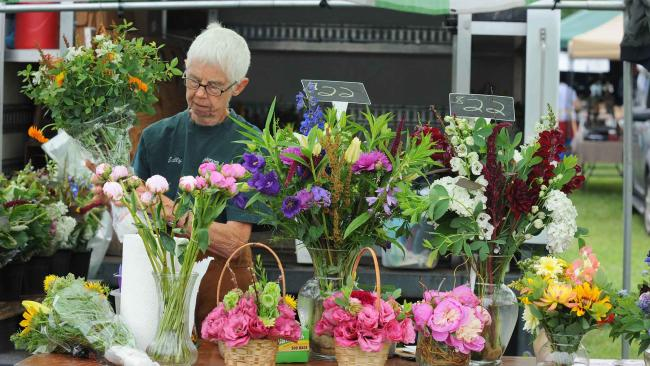 Explore our Farmers' Markets