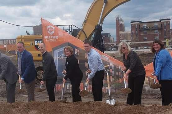 Groundbreaking Ceremony for the new Michigan Avenue 600 block project