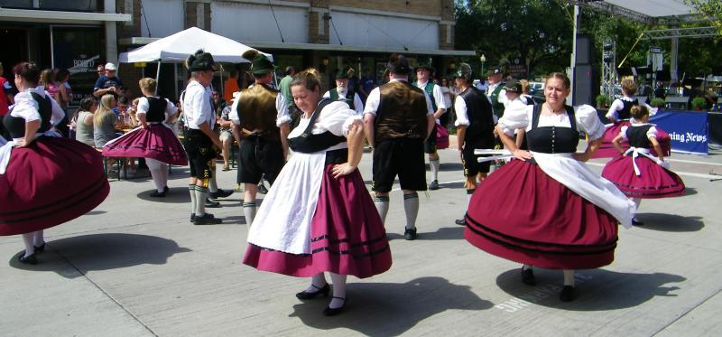 McKinney Oktoberfest dancers