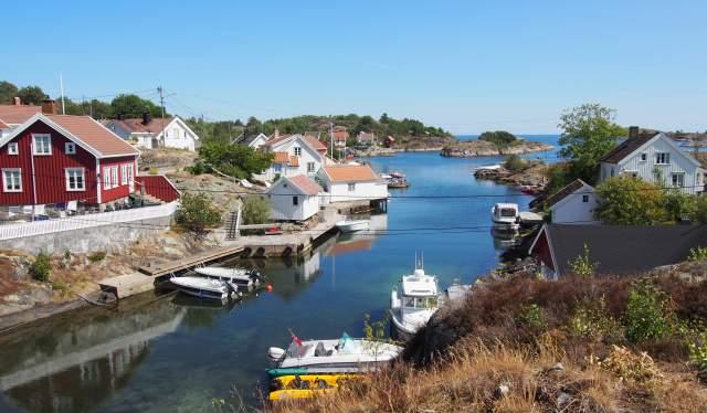 Idylliske viker overalt på Sandøya