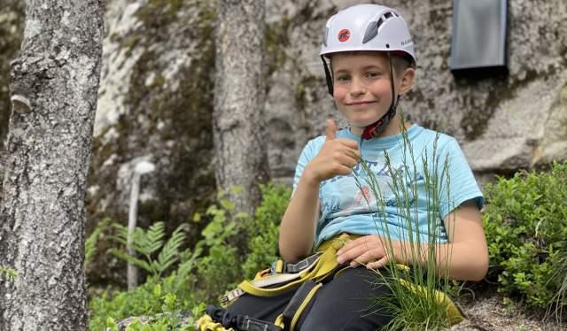 Knaben Via Ferrata - 10 år gamle William Aas