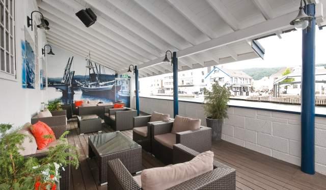 Uteserveringen Elva Bistro Maritim Fjordhotel Flekkefjord