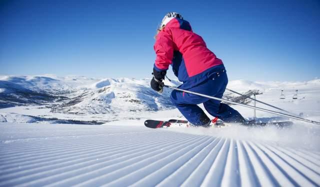 Alpine skiing in Hovden alpine center, Setesdal