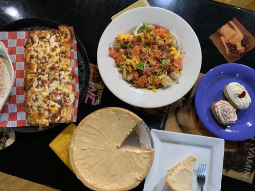 Rock Star Pizza keto appetizers and desserts