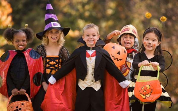 halloween-kids_3084029b