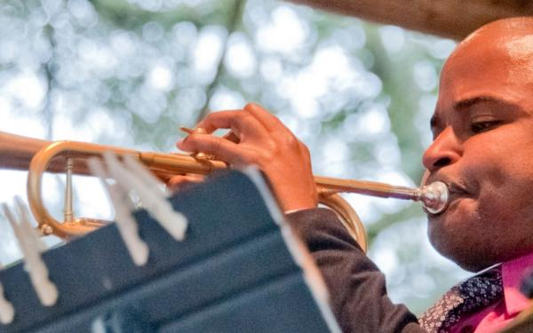 Pensacola JazzFest performer plays in Seville Square