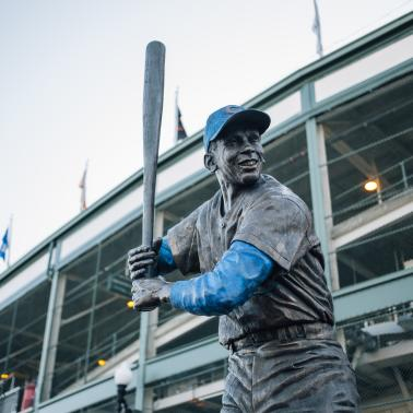 Cubs Statue