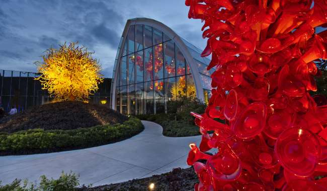 Chihuli Garden glass sculpture museum