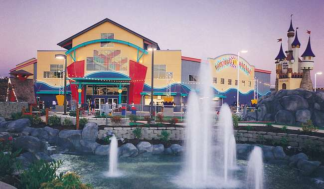 Family Fun Center Exterior