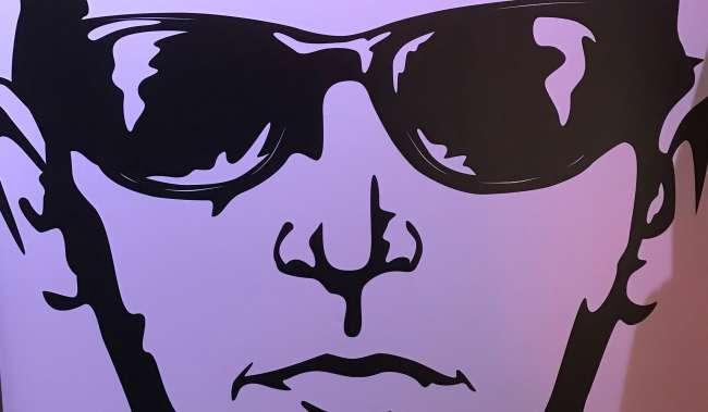 Mural of man with dark sunglasses