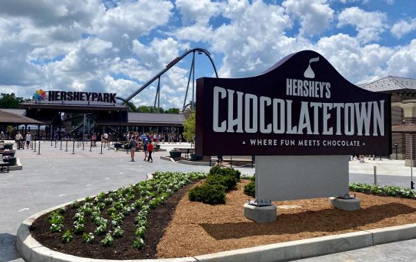 Hershey's Chocolatetown Entrance with coaster in background