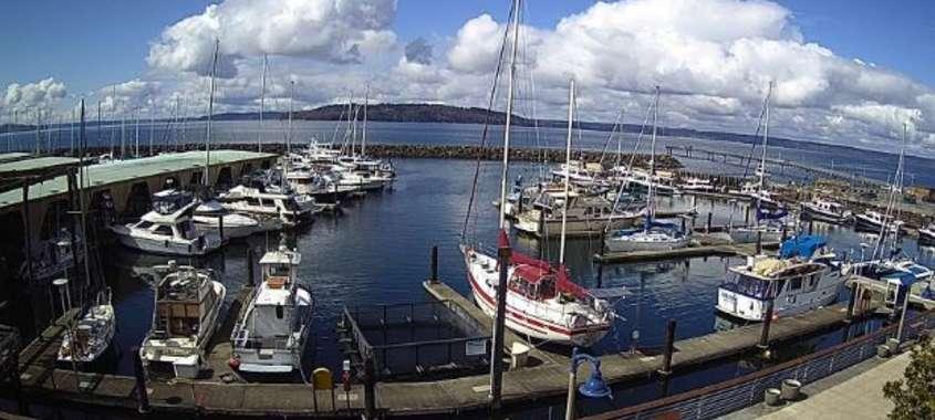 Seattle Webcam at Des Moines Marina