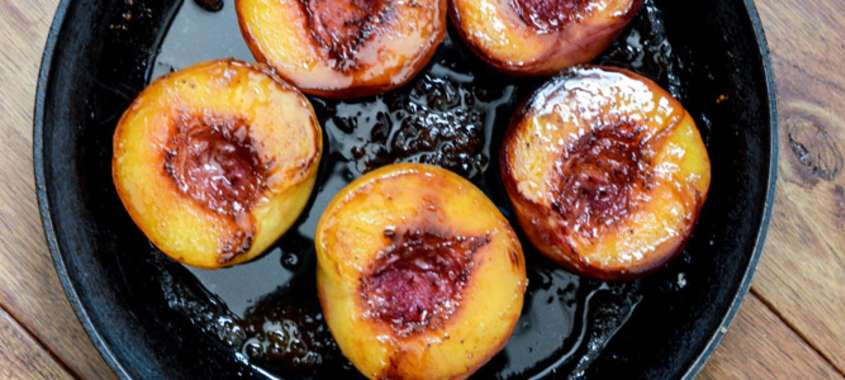 peaches in grill pan