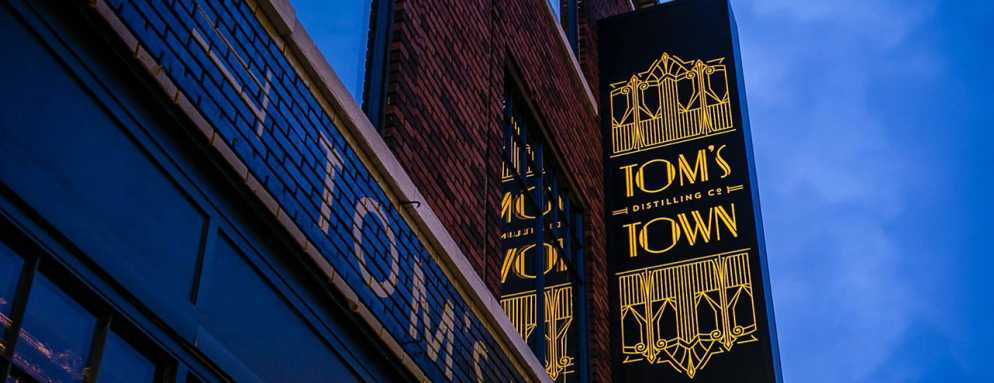 Tom's Town Kansas City