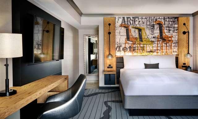 Oakland Marriott Oaklandish Suite