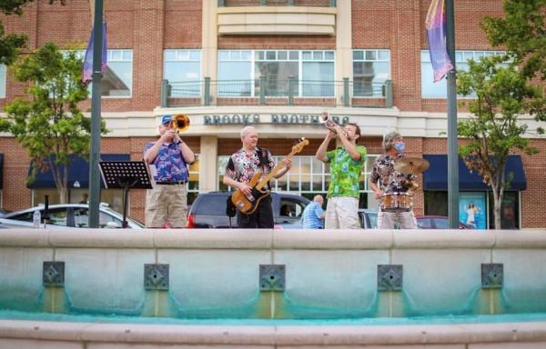 Fountain Plaza Entertainment Series