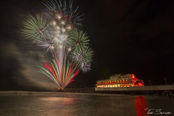 Top Spots for Daytona Beach Fireworks | Daytona Beach, FL